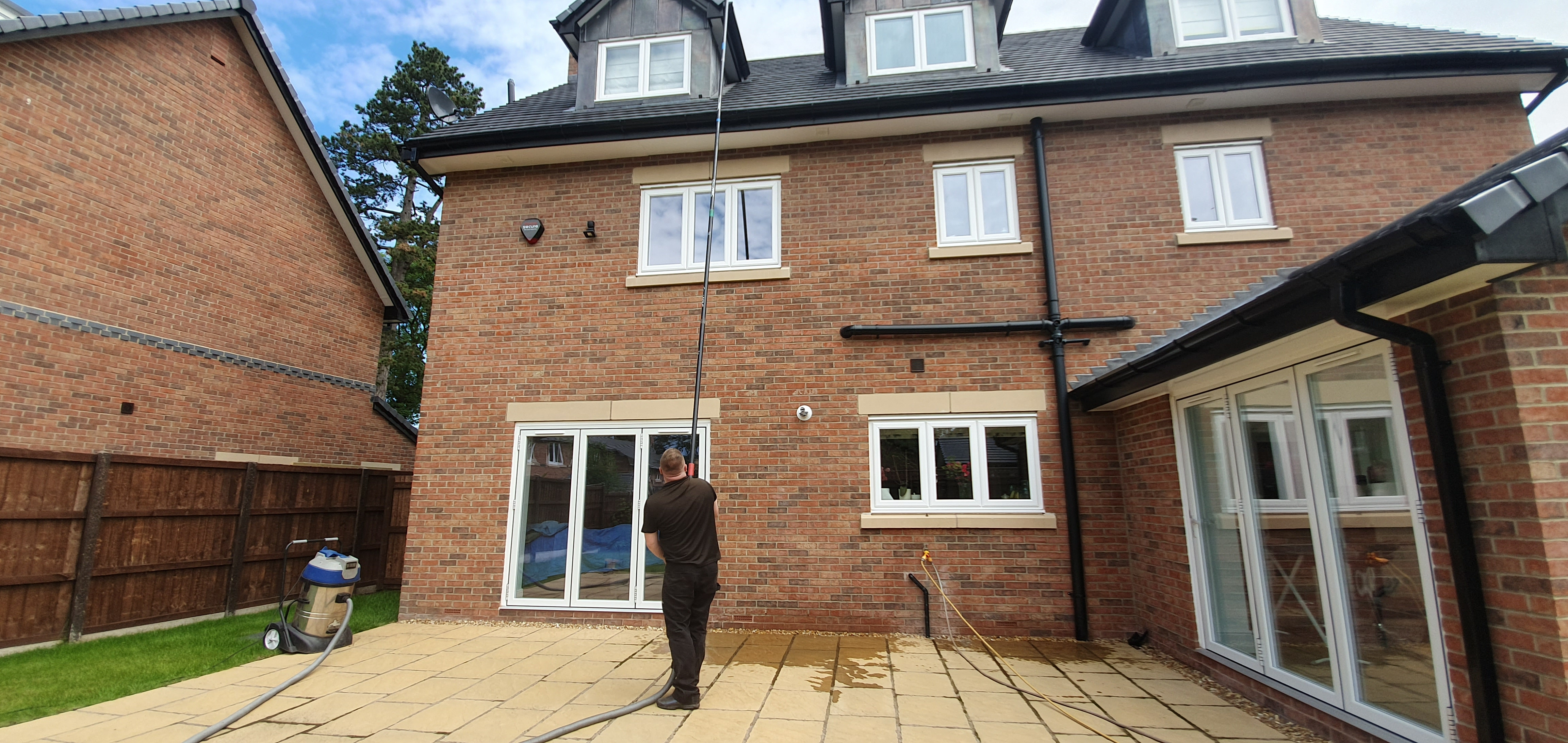 Gutter Cleaning Wirral Amp Bromborough Eastham Full